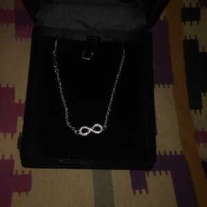 Jewelry - Beautiful sterling silver infinity necklace